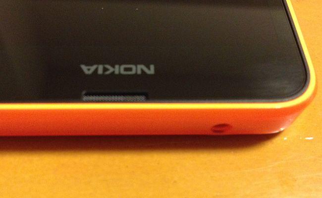 Lumia 636 イヤフォンジャック