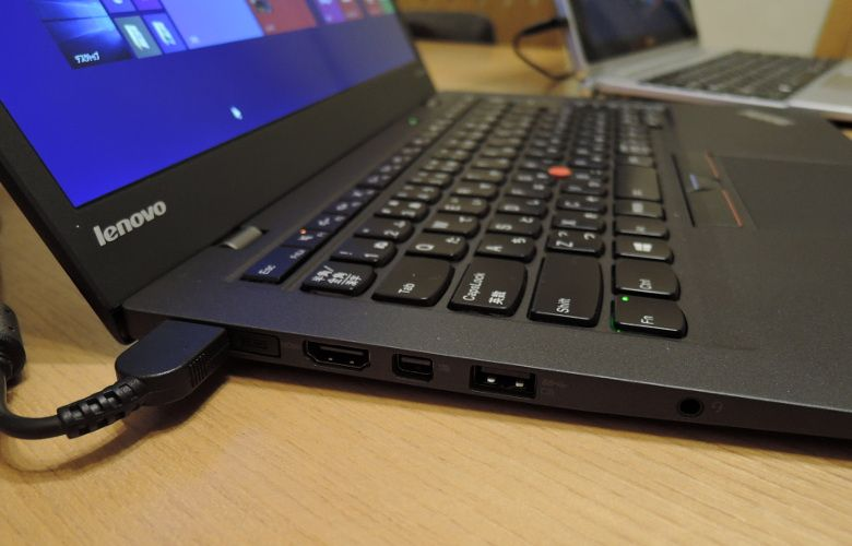 ThinkPad X1 Carbon 筐体2