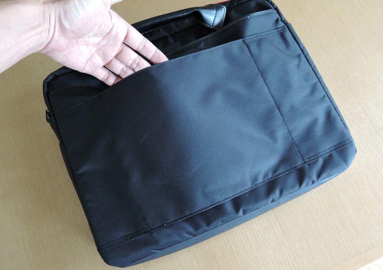 Lenovo PCバッグ 背面のベルト