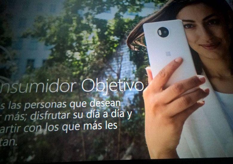 Lumia 流出画像