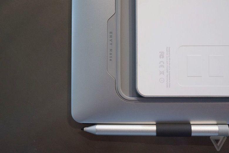 HP ENVY 8 Note キーボードに本体を収納