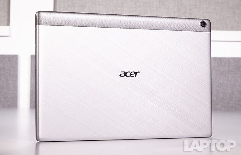 acer Aspire Switch 11 V 筺体画像