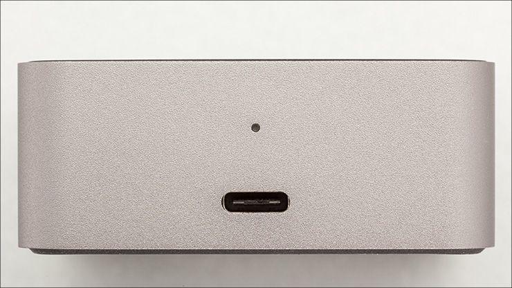 Microsoft Display Dock HD-500 前面