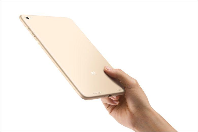 XiaoMi Mi Pad 2 手持ち