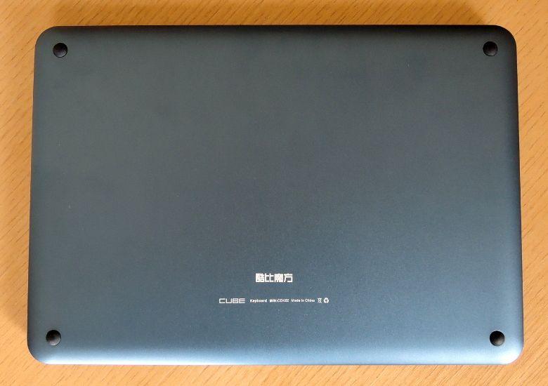 Cube iWork11 キーボードCDK02 底面