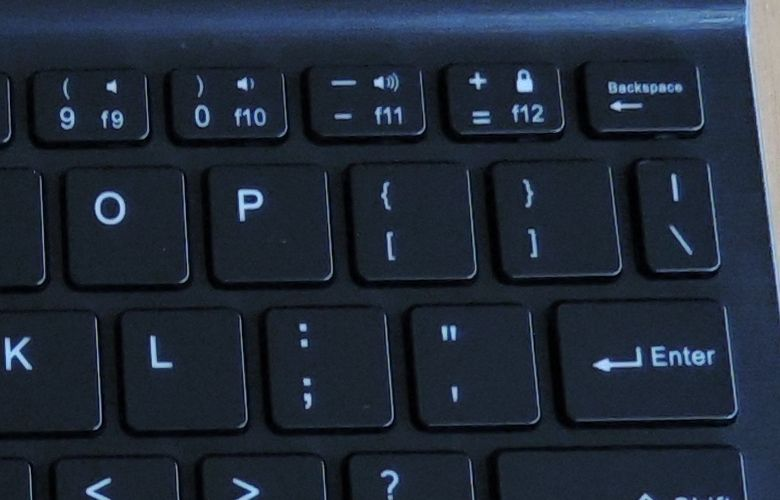 EC Technology Bluetoothキーボード DELETEキー無し