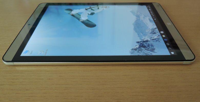 ONDA V919 Air CH 左側面