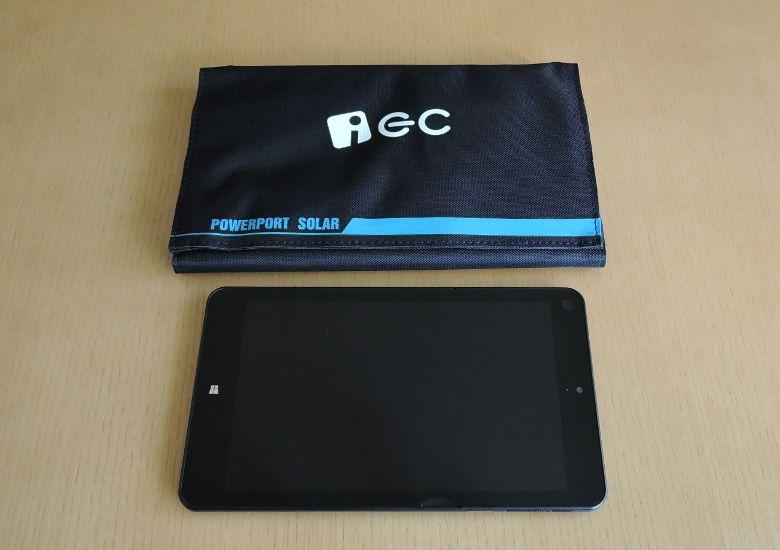 EC Technology USBソーラーチャージャー ThinkPad 8と