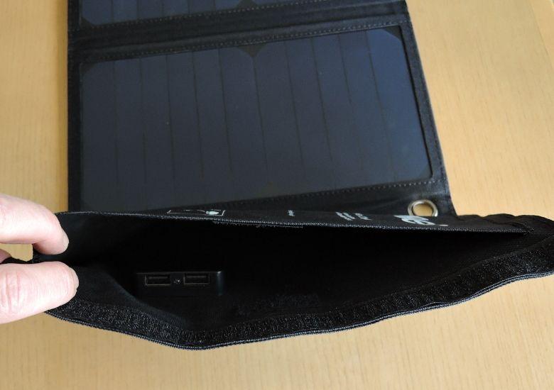 EC Technology USBソーラーチャージャー ポート