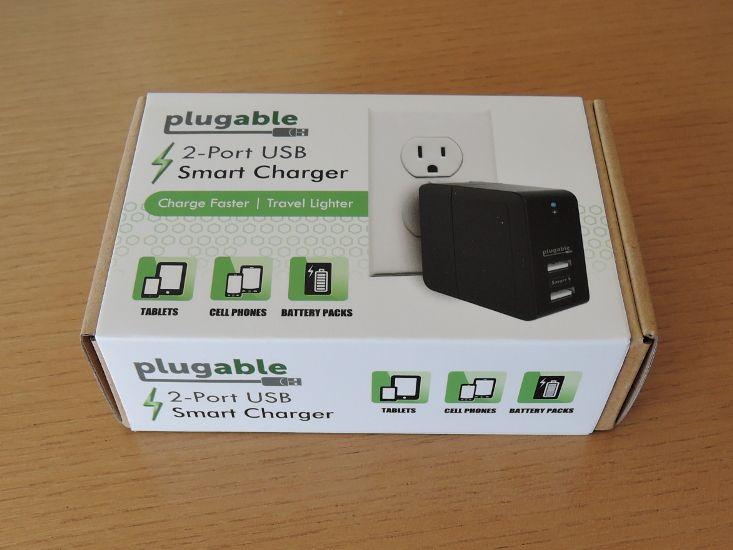 Plugable 2 ポート・スマート・トラベル USB 充電器 外箱