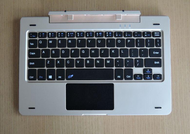ONDA oBook 10 別売りキーボード