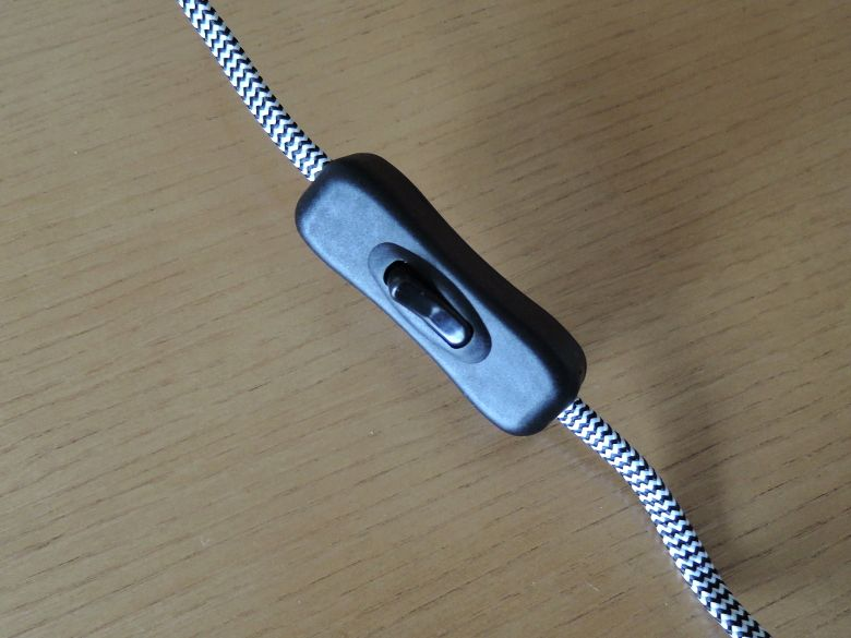 Tomons デスクライト DL1001W 電源スイッチ