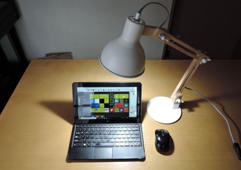 Tomons デスクライト DL1001W 使用感