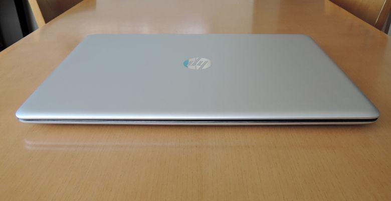 HP ENVY 17-n100 前面