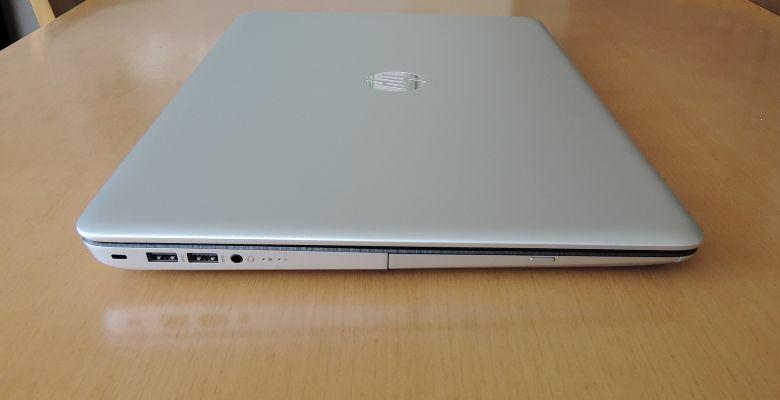 HP ENVY 17-n100 左側面