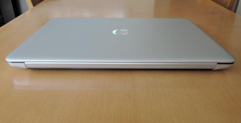 HP ENVY 17-n100 背面