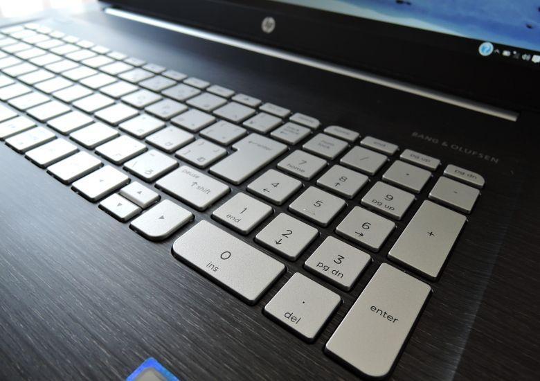HP ENVY 17-n100 キーボード拡大