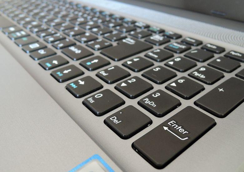 ドスパラ Critea DX10 キーボード拡大