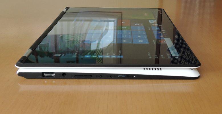 Lenovo YOGA 700 タブレットモード