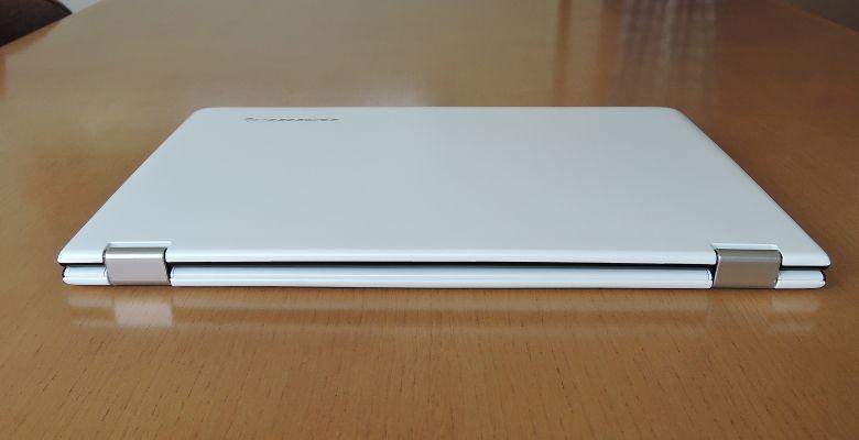 Lenovo YOGA 700 背面
