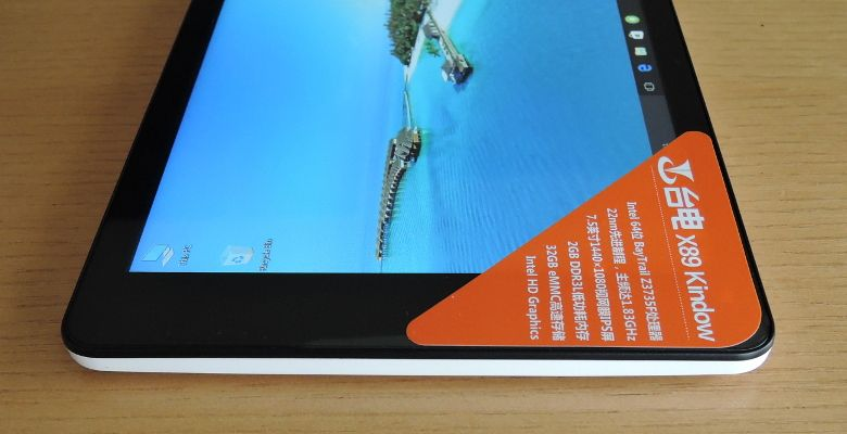Teclast X89 Kindow 右側面
