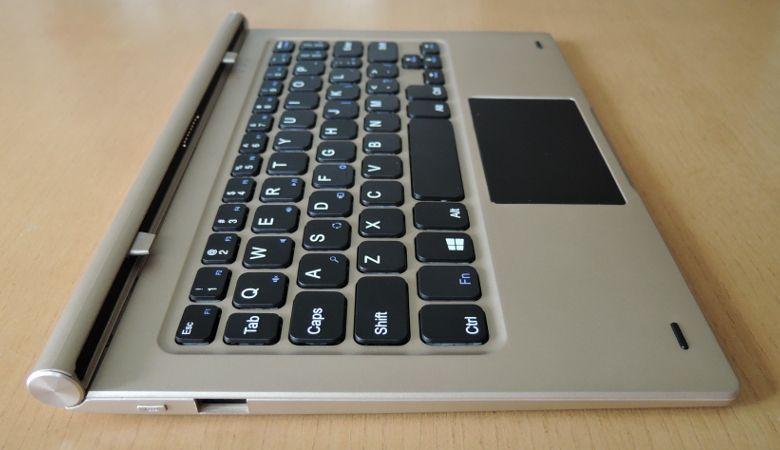 Teclast Tbook 10 キーボード左側面