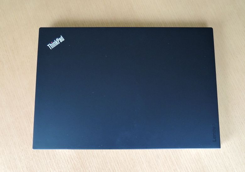 ThinkPad X1 Carbon 天板