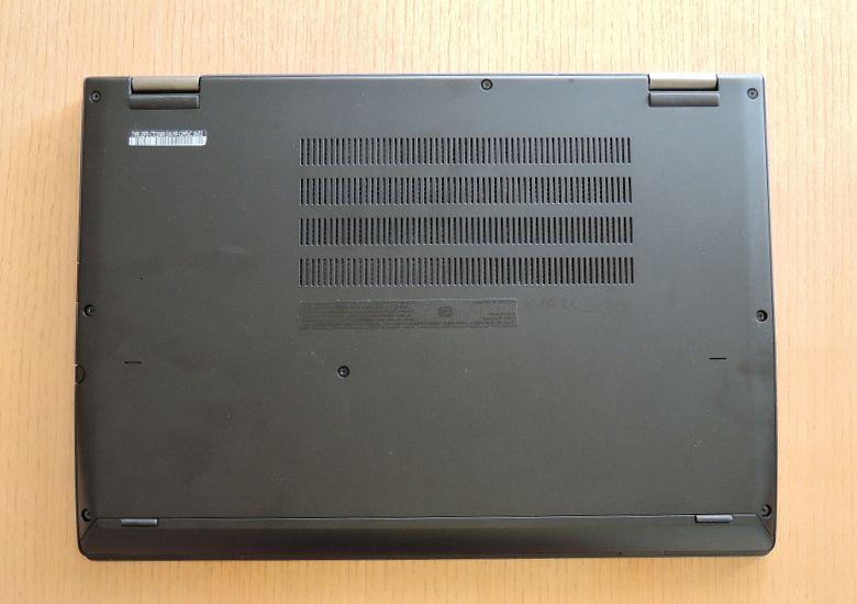 Lenovo ThinkPad Yoga 260 底面