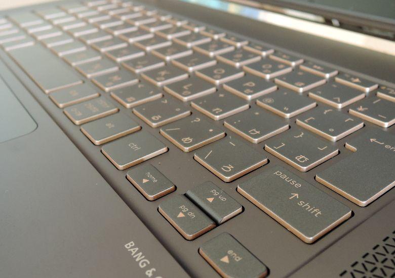HP Spectre 13 キーボード拡大