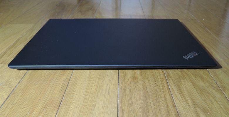 Lenovo ThinkPad X1 Yoga 前面