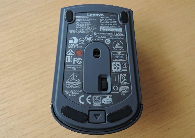Lenovo ワイヤレスレーザーマウス 底面