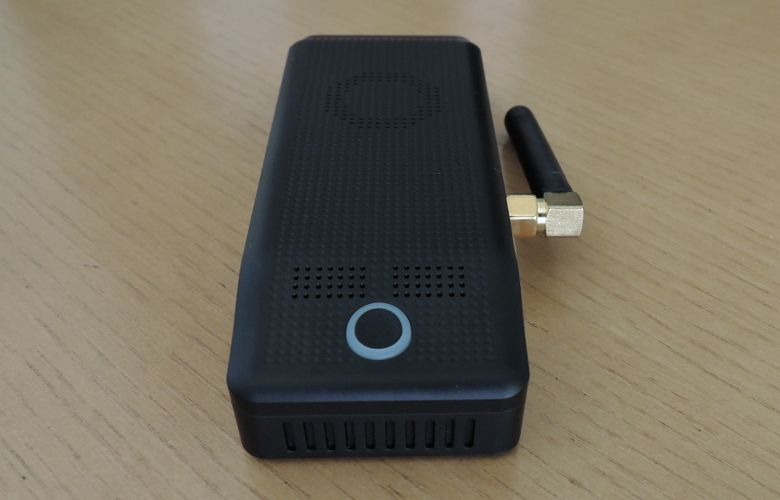 ドスパラ Diginnos Stick DG-STK4S 電源ボタン