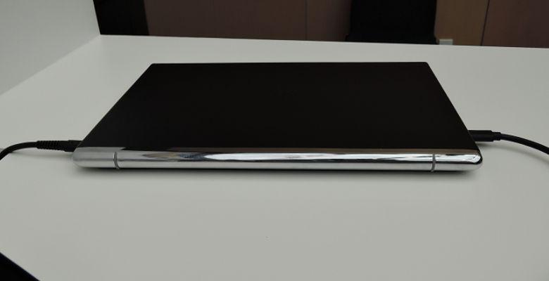 HP Elite x3 ノートドック 背面