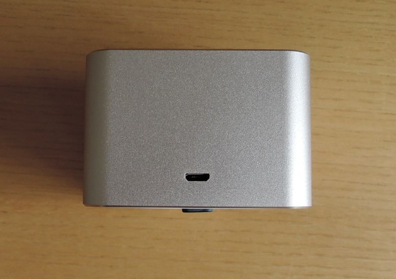 TJC Golden-Cube Bluetoothスピーカー microUSBポート