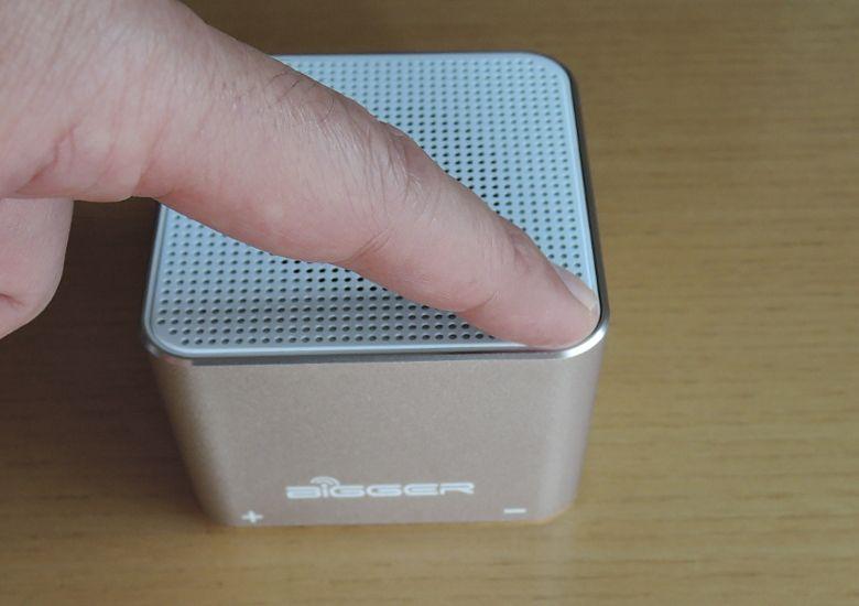 TJC Golden-Cube Bluetoothスピーカー 音量調節