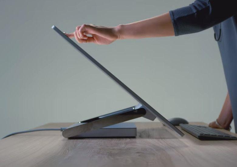 Microsoft Surface Studio ディスプレイ角度の調整