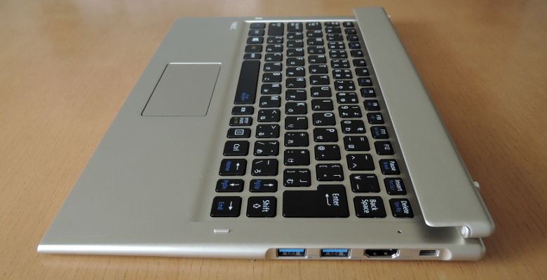 NEC LAVIE Direct HZ(D) キーボード右側面