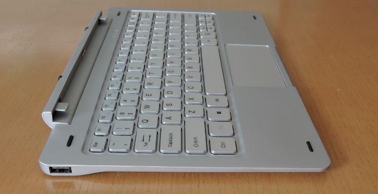Teclast TBook 16 Pro キーボード左側面