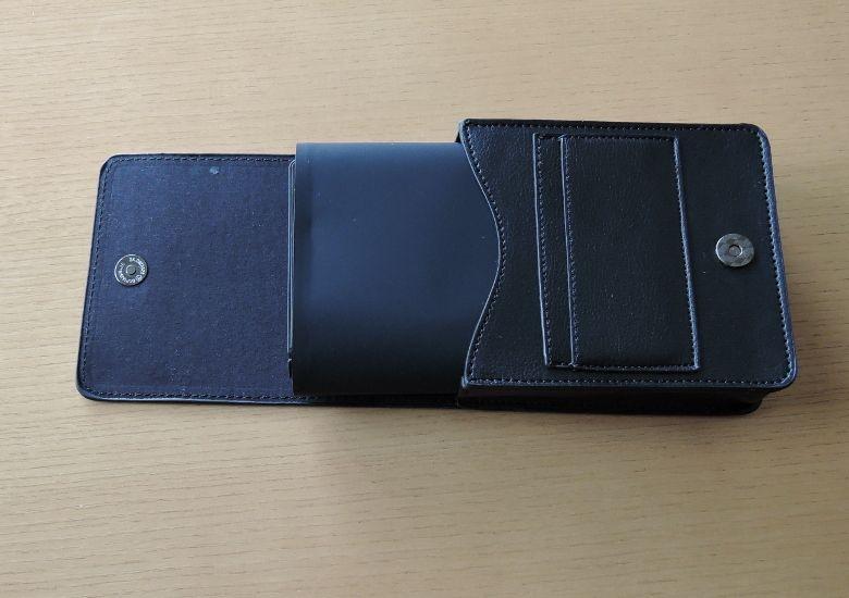 K8 MiniPC ケースに収納中