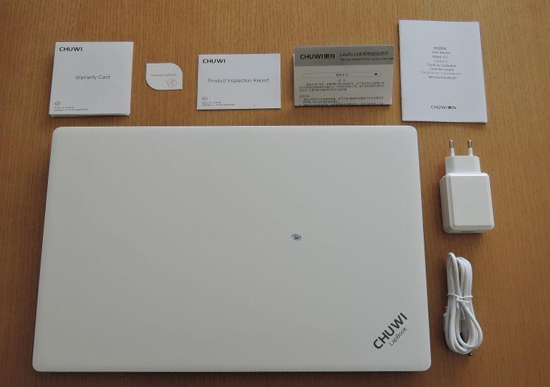 Chuwi LapBook 同梱物