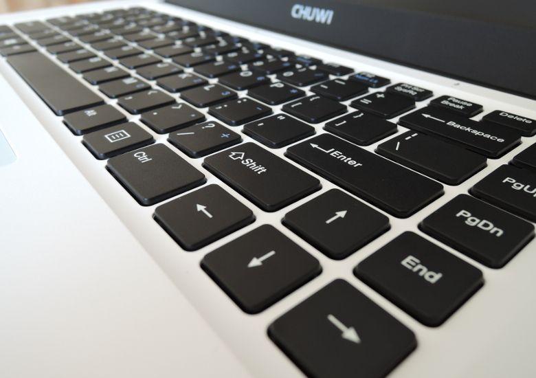 Chuwi LapBook キーボード拡大