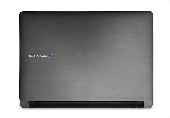 iiyama Stl-11HP012-C-CES 天板