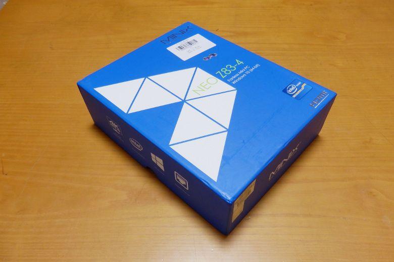 MINIX NEO Z83-4 外箱