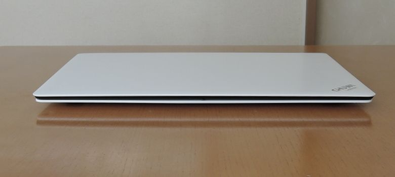 Chuwi LapBook 14 前面