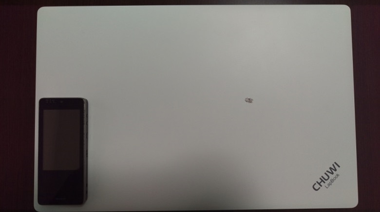 Chuwi LapBook サイズ感
