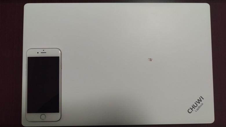 Chuwi LapBook サイズ感3