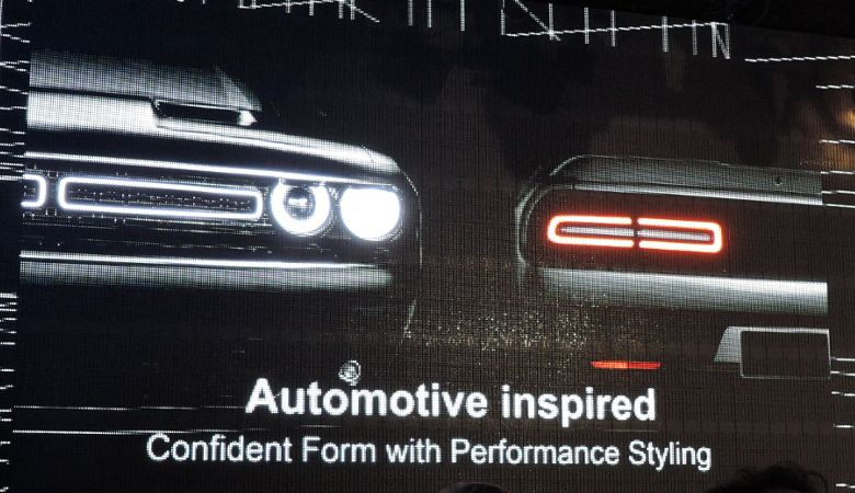 DELL Inspiron 15 ゲーミング 自動車にインスパイア