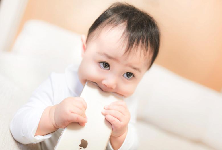 子供にiPhone