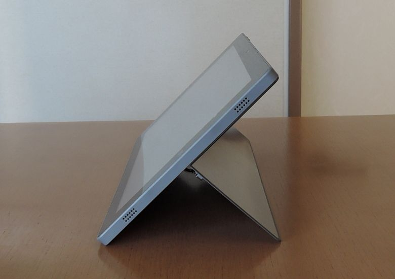 Teclast Tbook 16 Power キックスタンド角度2