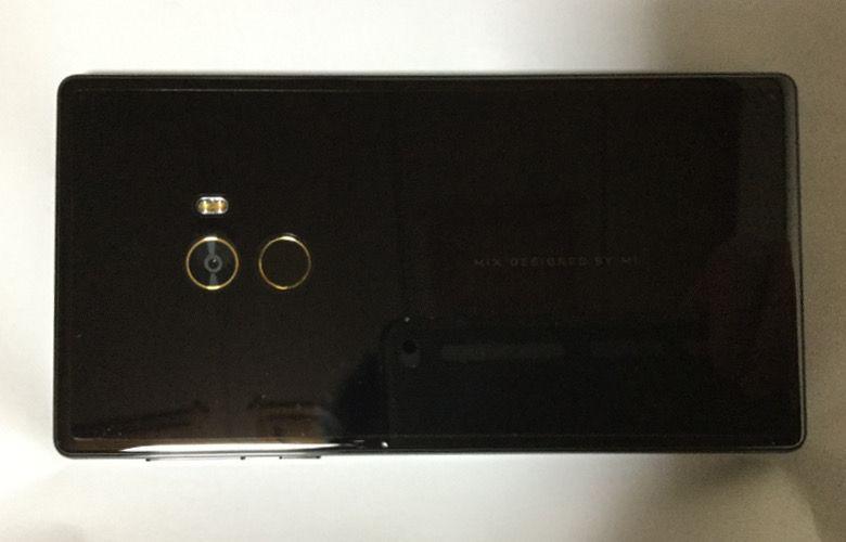 Xiaomi Mi Mix 背面